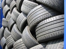 SOLID TIRE TYPE AND RADIAL TIRE DESIGN USED PASSENGER CAR TIRES