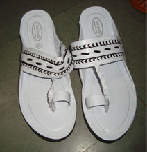 sandalia de blanco para los hombres