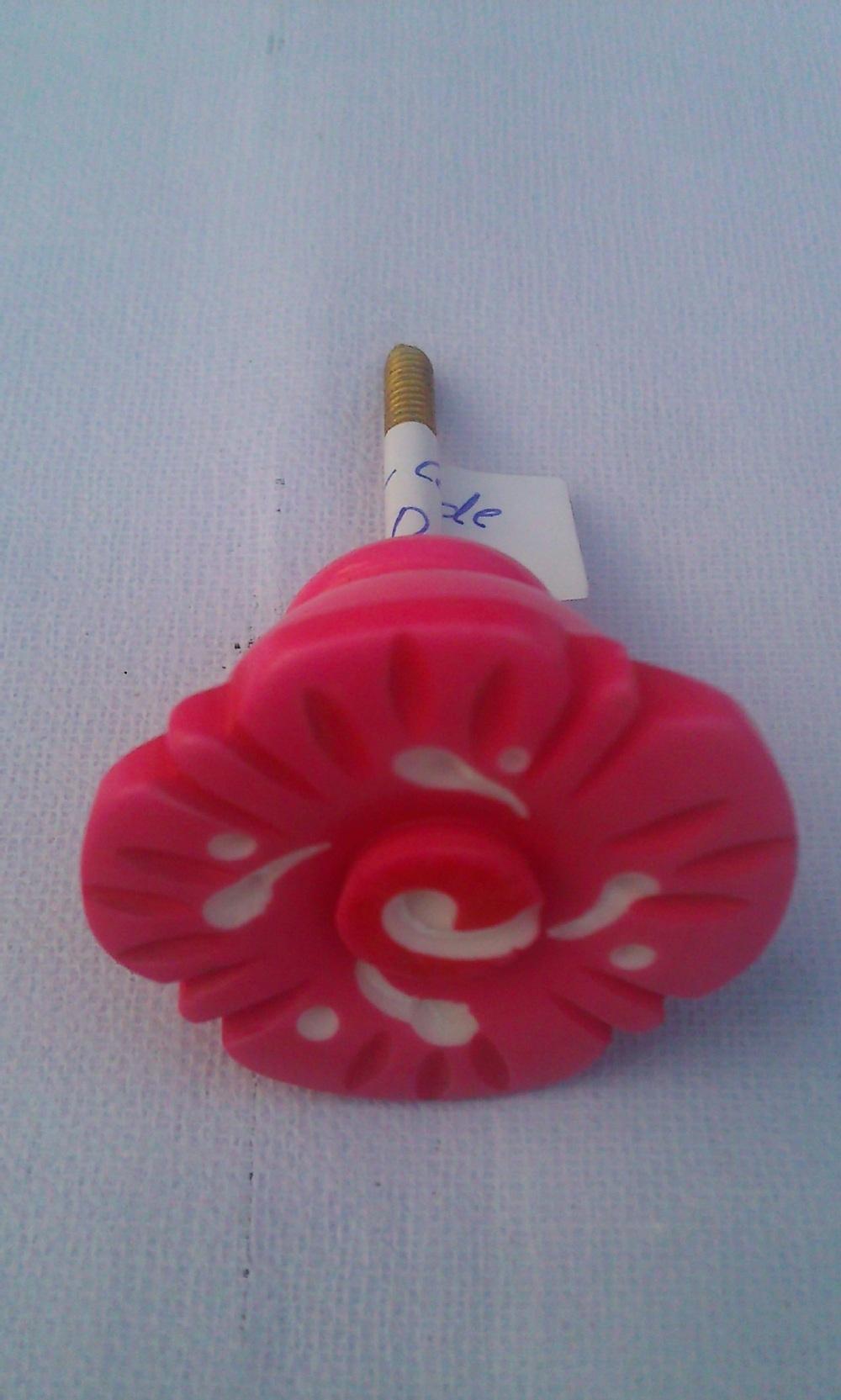 Warm te koop keramische knoppen/groothandel decoratieve kleurrijke ...