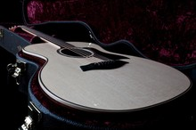 Greats Love for all _ Taylor ES2 Grand Auditorium Acoustic Electric Guitar with Case