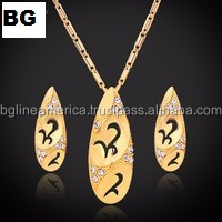 Elegant Design AAA CZ Stone Pure Silver 18 Karat Gold Jewelry Sets