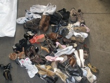 Used shoes in containers load