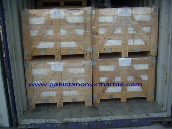 packing-marble-onyx-tiles-03.jpg