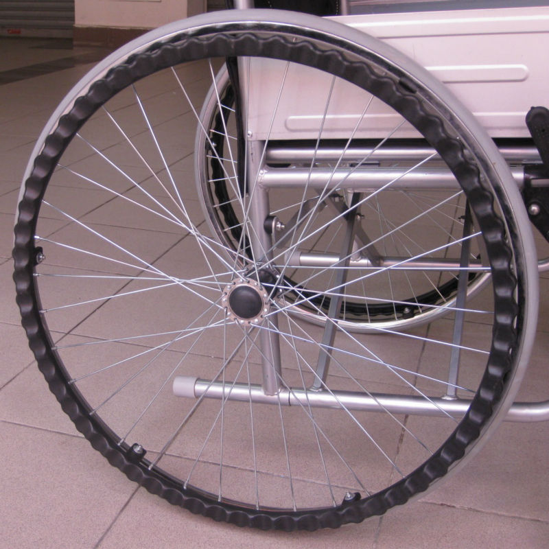 Solid tyre wheelchair p5