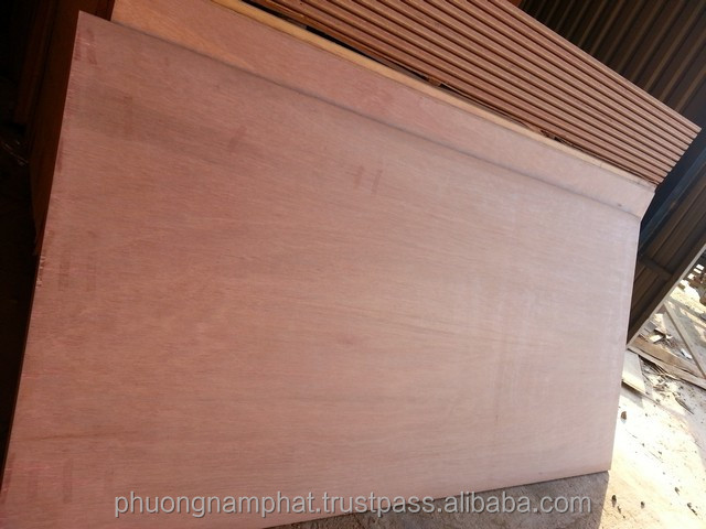 1-container-flooing-plywood-floor-boards-phuong-nam-phat-company-viet-nam.jpg