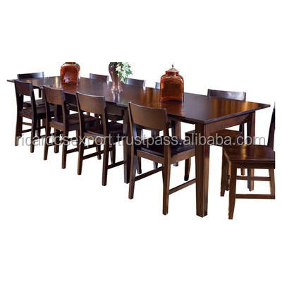 Montreal dining table set for apartments hot sale living for Dining room tables montreal