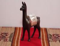 Llama adorno peruano
