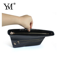 2015 Pop sale white and blue customized small snake pu bag with handle strap