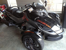 Spyder RT-S SM5 motorcycle Can Am RT manual bike 3 wheel trike BRP