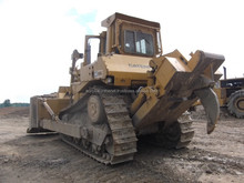 1987 Caterpillar D8L track dozer with single shank ripper