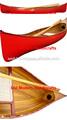 canoa real rojo de madera inferior en canoa