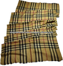 buberry plaid scarf in pure cashmere