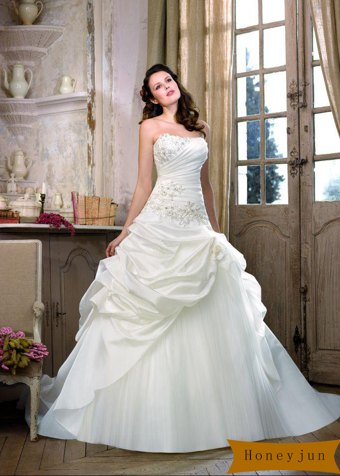 Best selling 2014 glamour a line lace up ruffles taffeta for Need to sell my wedding dress