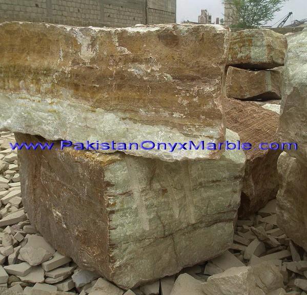 green-onyx-afghanistan-boulders-04.jpg