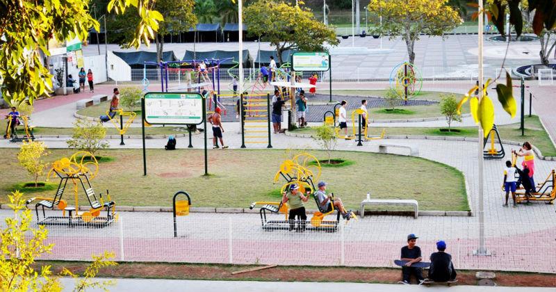 Gimnasio al aire libre medidas images for Precios de gimnasios