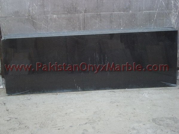 pakistan-black-granite-tiles-slabs-countertops-04.jpg
