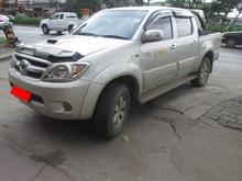 2289 - VIGO 4WD 3.0G AT DOUBLE CAB SILVER