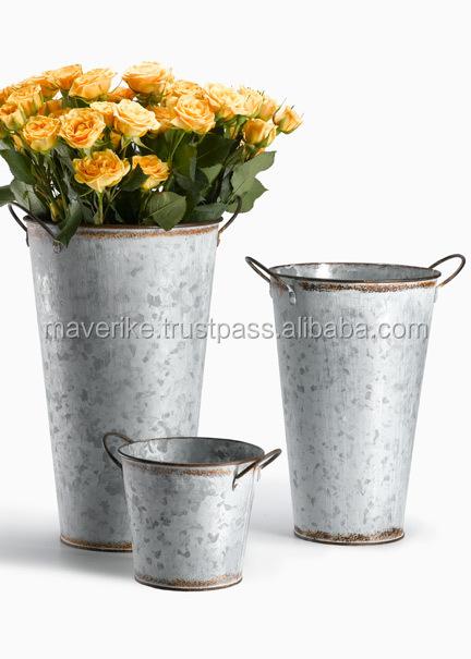 Metal bucket garden planter outdoor planter buy metal for Metal bucket planter