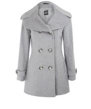 Woman Timeless winter staple coat