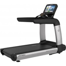 BUY 2 UNIT GET 1 FREE Life Fitness Platinum Club Series Treadmill with Discover Se Tablet Co