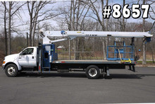 8657- 2005 f750 ford; manitex 1770 modello di gru; 17 tonnellate