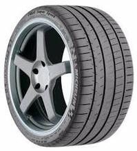 Michelin Pilot Super Sport 225/40-18 XL Tire
