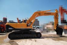 Hyundai R300LC Excavator