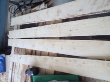 Acasia wood/rubber wood/Pine wood timber for pallet/furniture