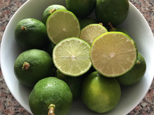 Fresh Green Seedless Lemon