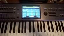 Kronos 61 Synthesizer Workstation (61 Keys)