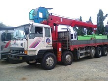 Cargo Crane - 18 Tons Lifting Capacity - 24 Tons Dropside Cargo Body Capacity - HYUNDAI