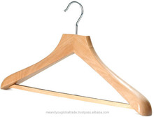Wooden Hanger High Quality Style Crafted Smooth Curve Durable Plain Hanger Wholesale Best Price