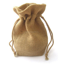 Jute promotional wine bag as gift for close friends