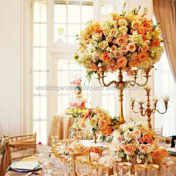 Atraente bronze candelabro com flor tigela/candelabros flor titular