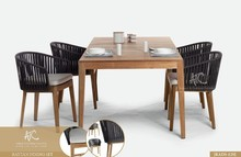 2015 Wicker polyeste rattan dining table and chairs set garden furniture